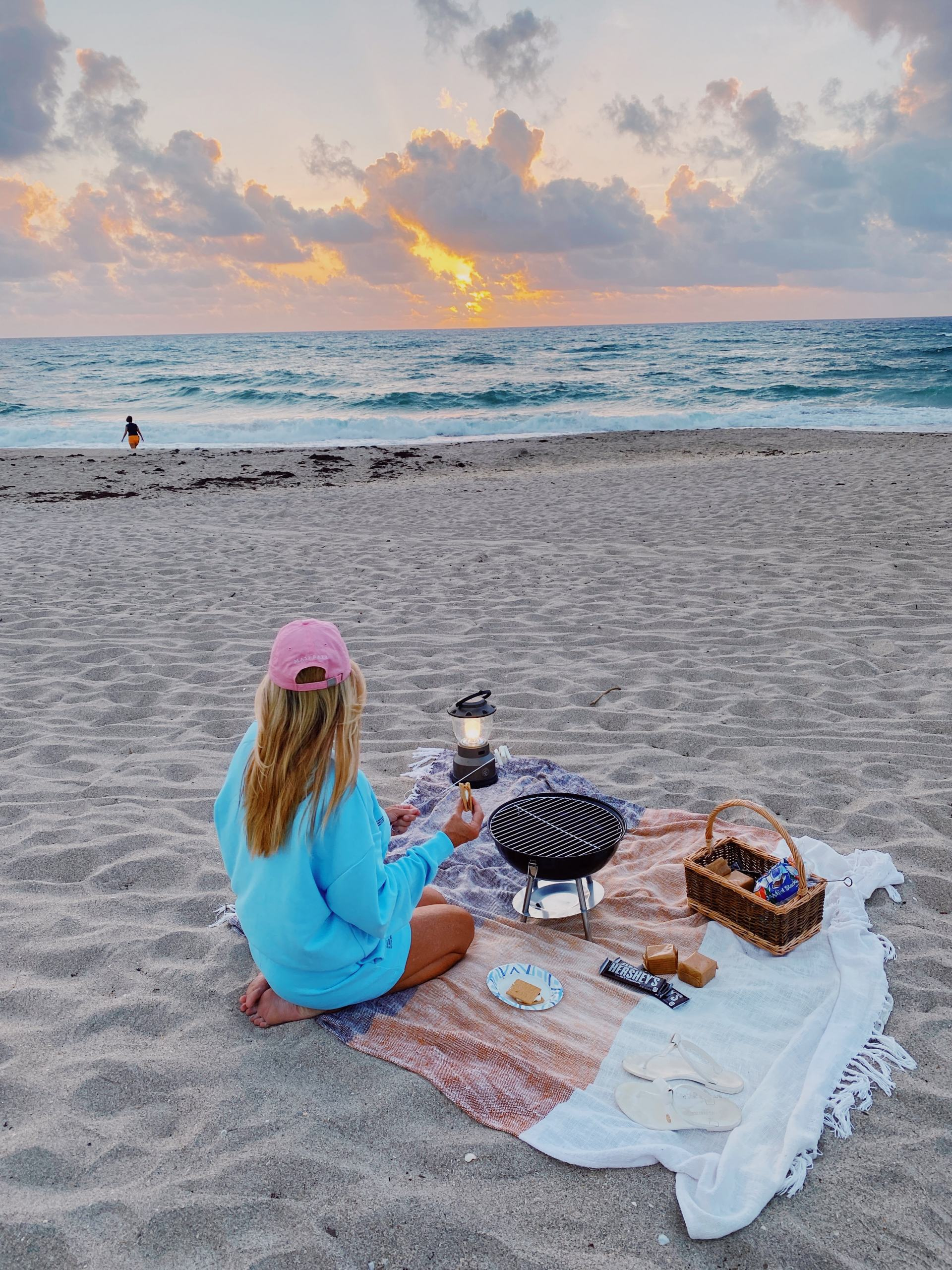 s'mores on the beach