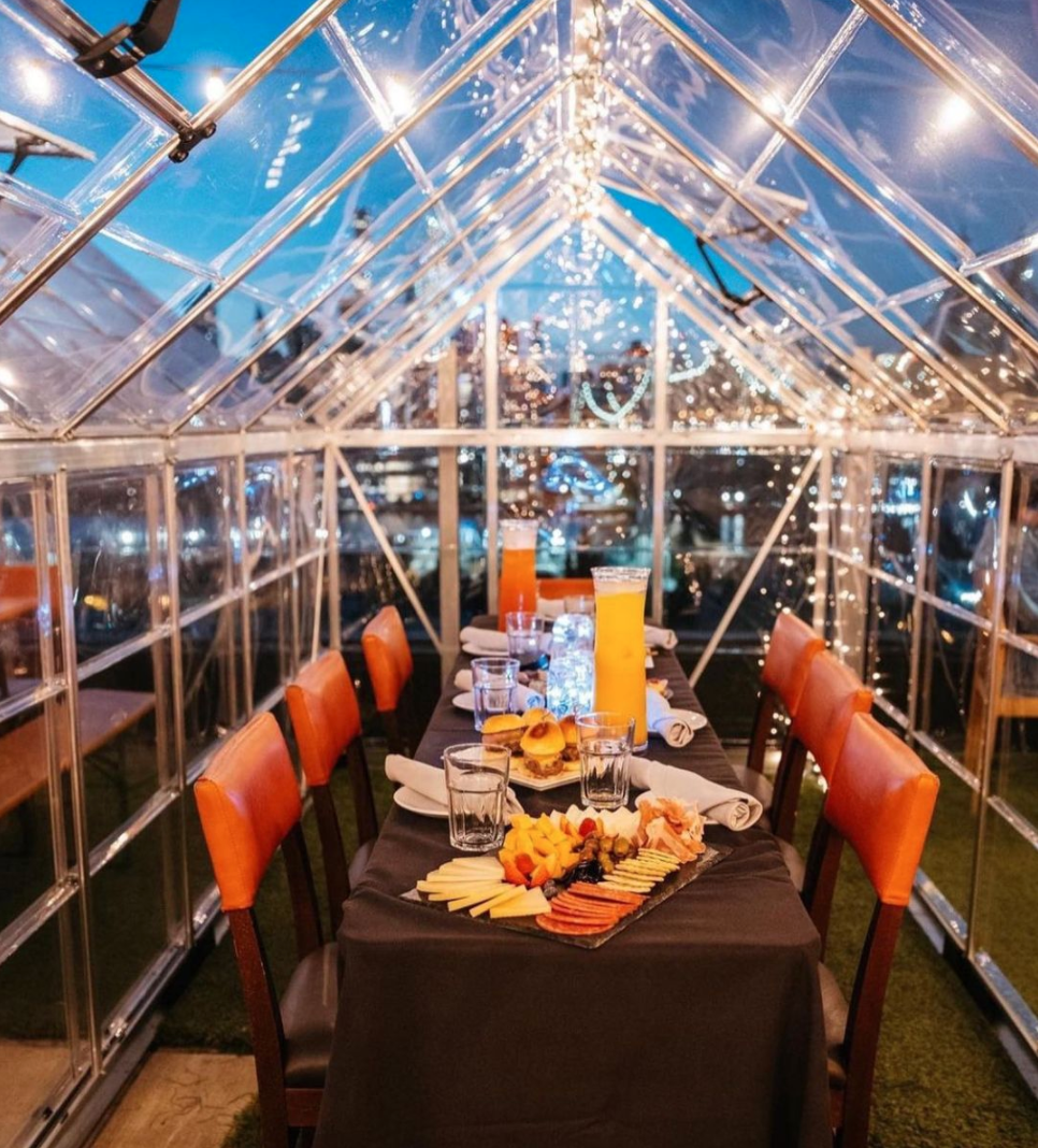 Savanna Rooftop romantic outdoor dining nyc